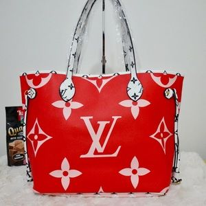 Louis Vuitton 12.6 x 11.4 x 6.7 Red Pink